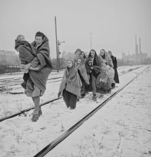e3bf3-holocaust-death-march